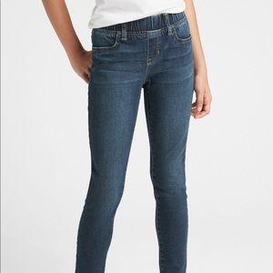 2 pairs of Gap skinny jeans leggings